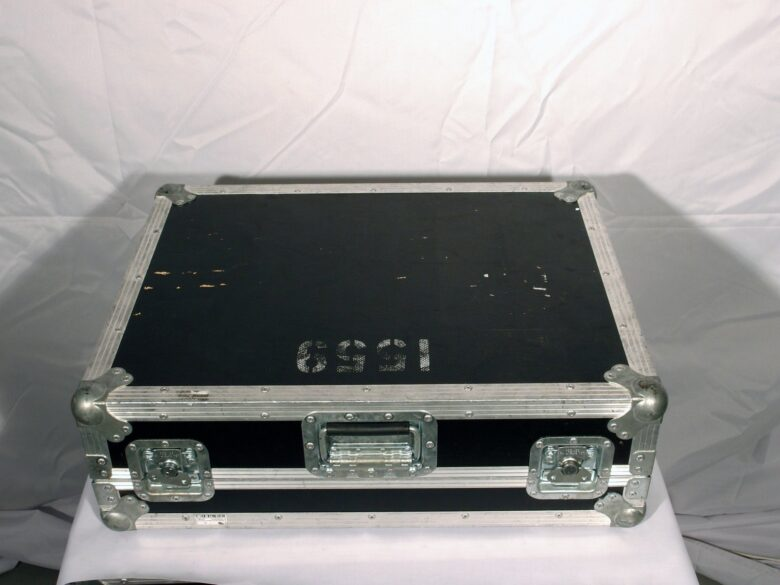 01v96v2 in flightcase