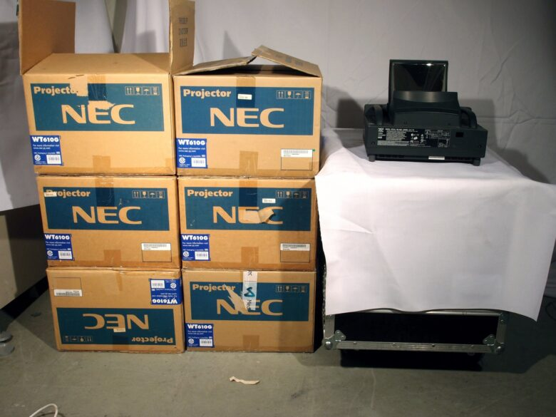 NEC WT610G DLP Mirror Projector lot of 6