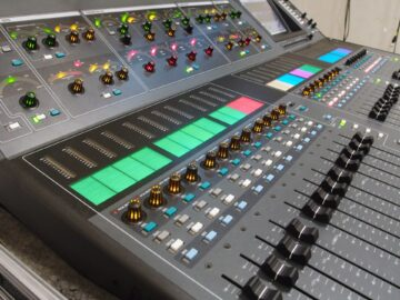 Allen & Heath ilive t112 used side view