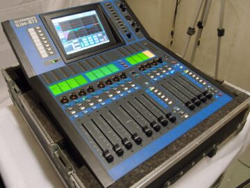 Second hand Allen & Heath iLive-R72 w/iDR-16