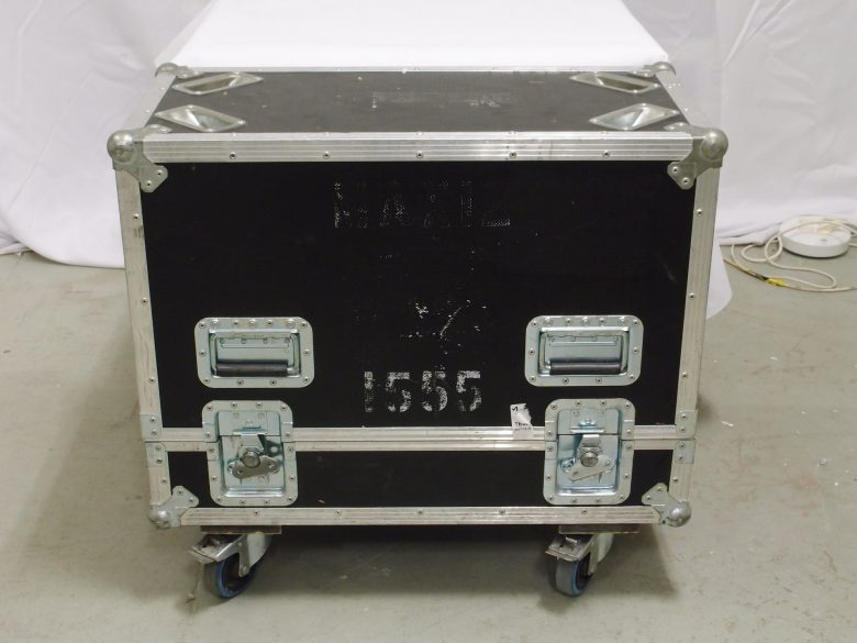 d&b MAX12 in flight case