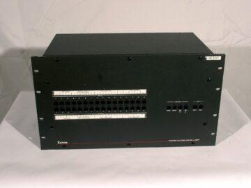 Extron CrossPoint Plus 1616 with DSVP™