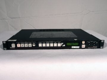 Extron USP 405 front view