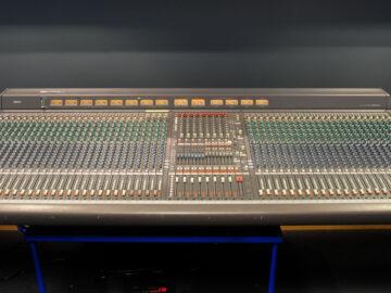 Yamaha PM3500-52 analog mixer for sale