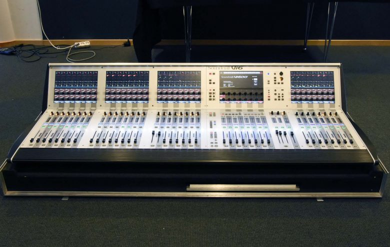 Soundcraft Vi600 for sale