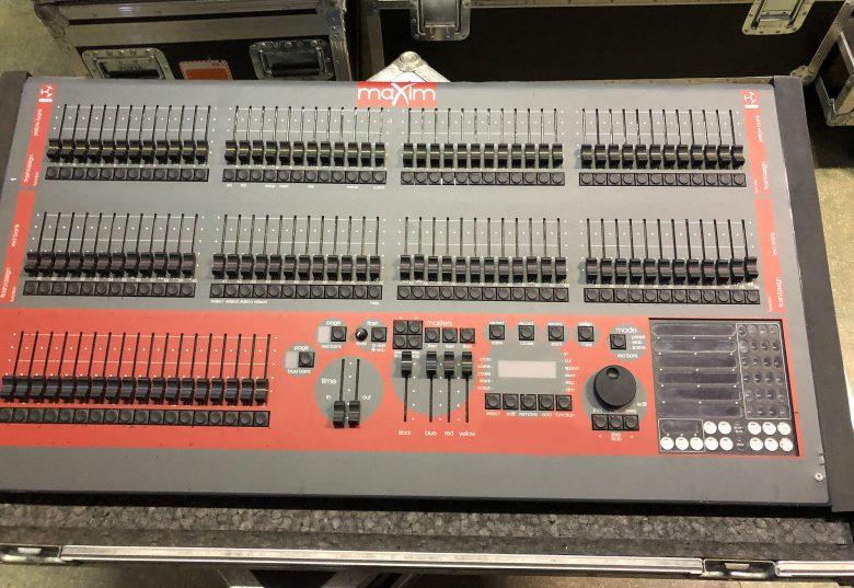 LSC maXim Lighting Control Console