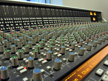 SSL AWS 924 production console