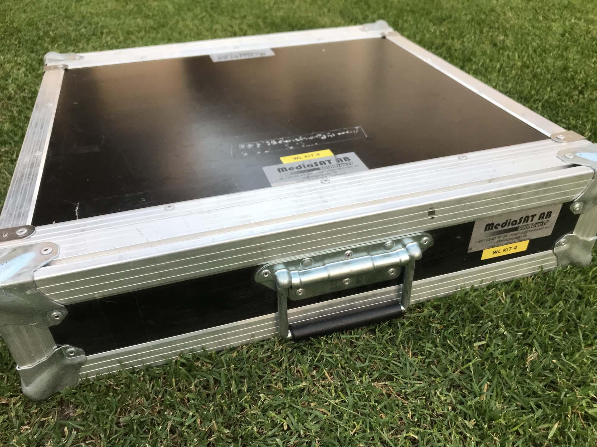 sennheiser ew 300 iem g3 d eu em 300 g3 e eu gearwise used av stage equipment. Black Bedroom Furniture Sets. Home Design Ideas