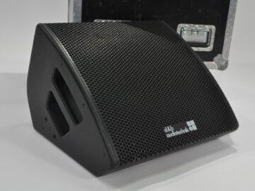 d&b M6 Monitor