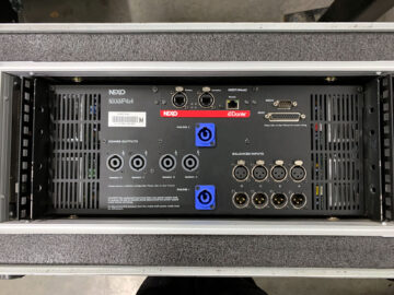 NEXO NXAMP4X4 in rack case
