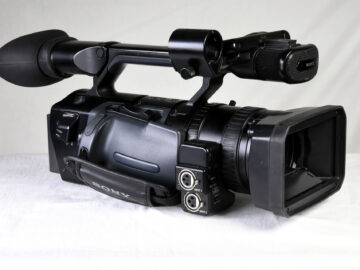 Sony HVR-Z1E HD Camera with acessories
