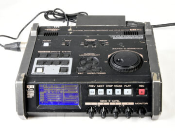 Edirol by Roland R-4 Pro 4 Channel Portable Recorder